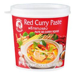 Červená curry pasta